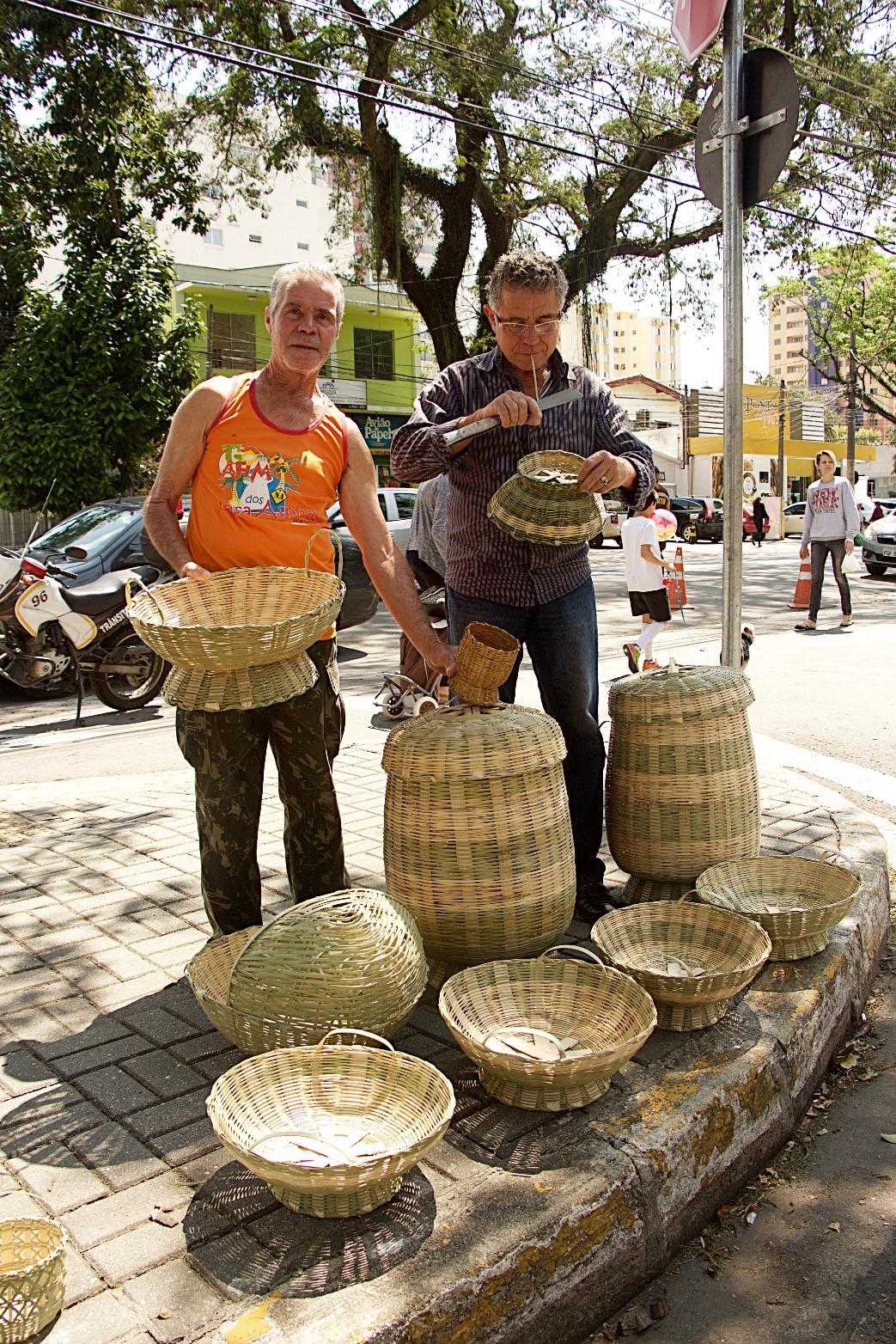 Artesanato Com Cd Velho ~  u2018Museu Vivo u2019 deste domingo tem Jongo, artesanato em bambu e pastel de milho Museu do Folclore